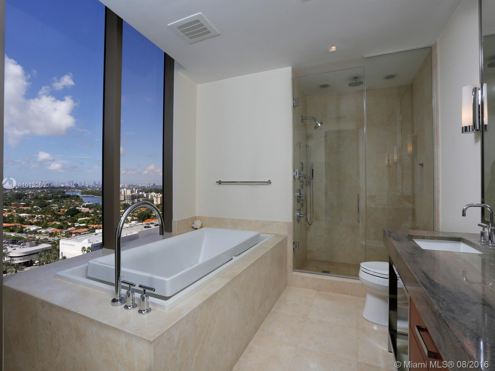 9705 Collins ave-1704N bal-harbour--fl-33154-a10132600-Pic07