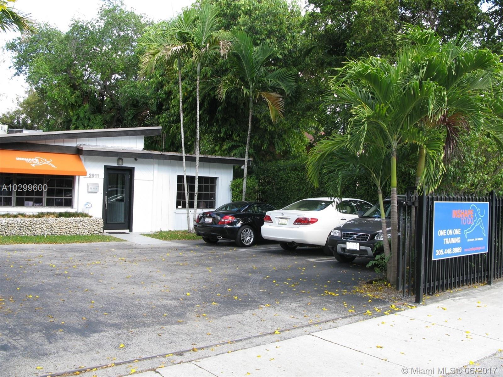 2911 Bridgeport Ave - Miami, Florida