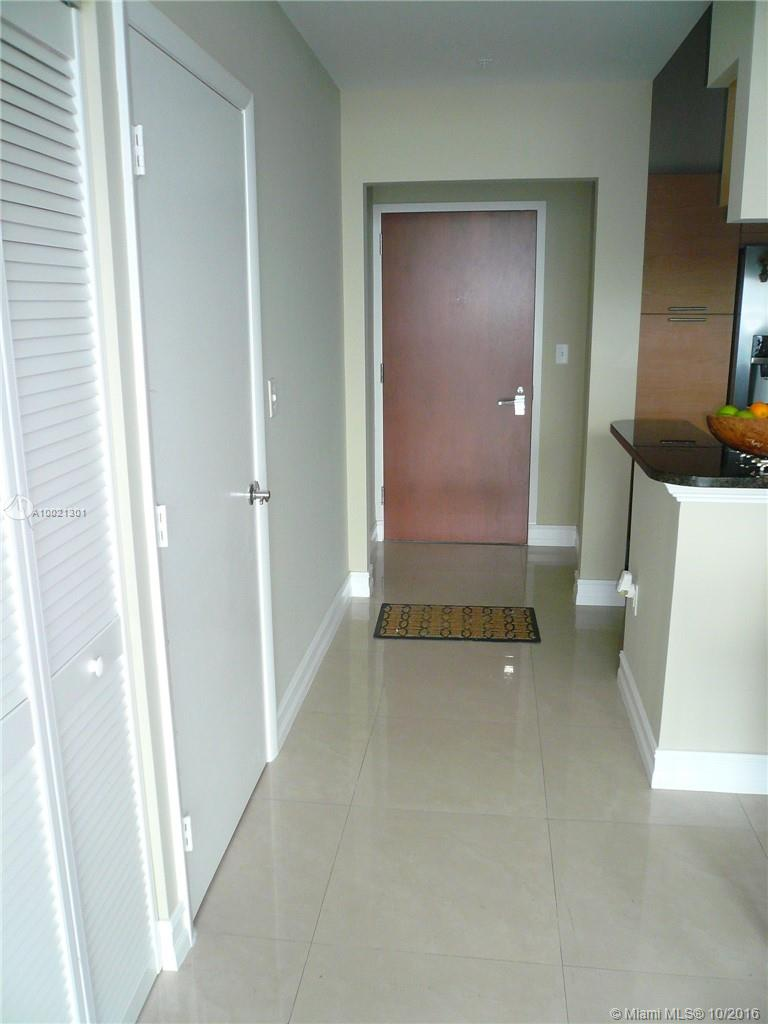 31 5th st-4219 miami-fl-33131-a10021301-Pic16