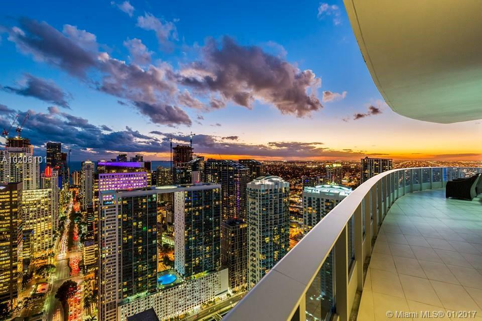 200 Biscayne Boulevard W, PH5302 - Miami, Florida