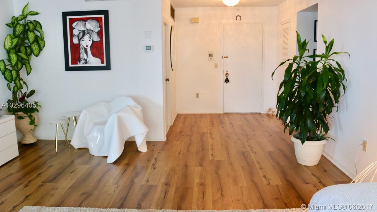 9801 Collins ave-17W bal-harbour--fl-33154-a10296405-Pic12