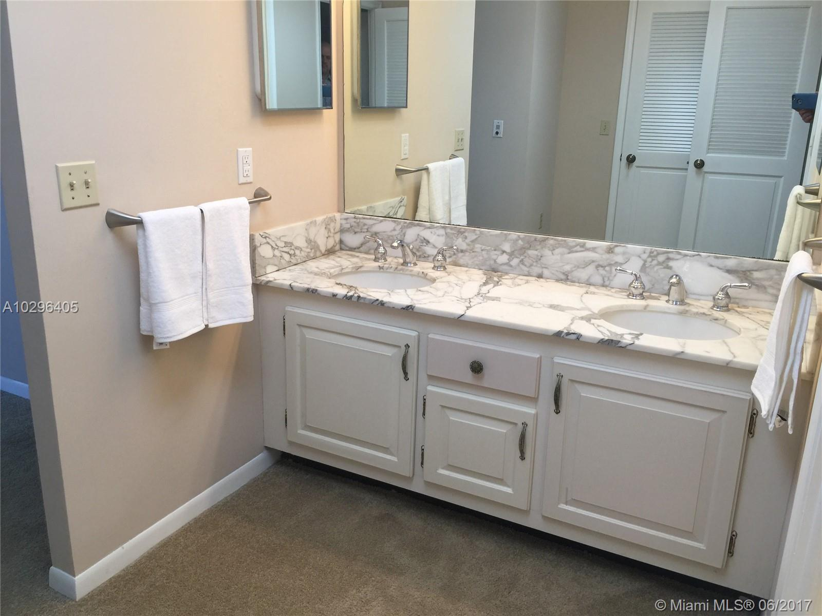 9801 Collins ave-17W bal-harbour--fl-33154-a10296405-Pic16