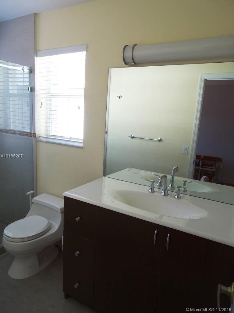 1775 Weeping willow way-1775 hollywood--fl-33019-a10185207-Pic17