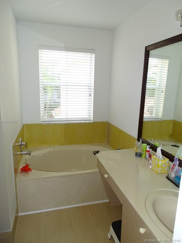 1775 Weeping willow way-1775 hollywood--fl-33019-a10185207-Pic24