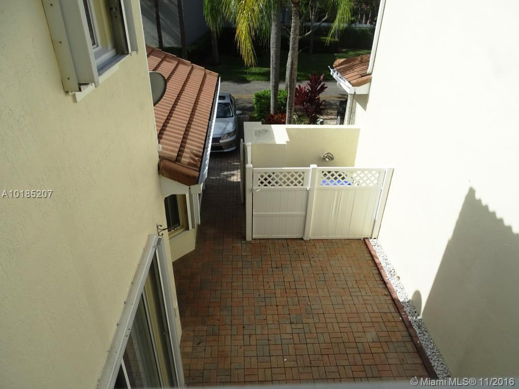 1775 Weeping willow way-1775 hollywood--fl-33019-a10185207-Pic25