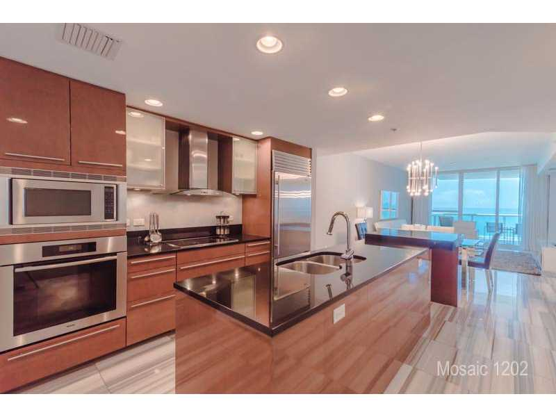 3801 COLLINS AV 1202 - Miami Beach, Florida