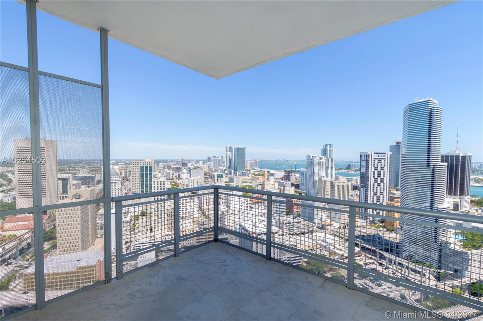 350 Miami ave-4109 miami--fl-33130-a10254509-Pic01