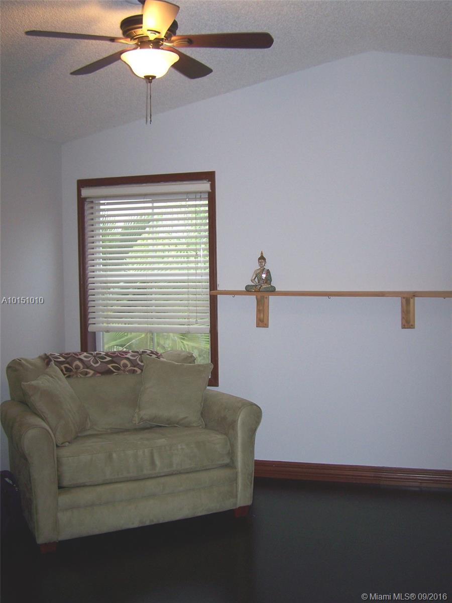 1070 Redwood st-1070 hollywood--fl-33019-a10151010-Pic23