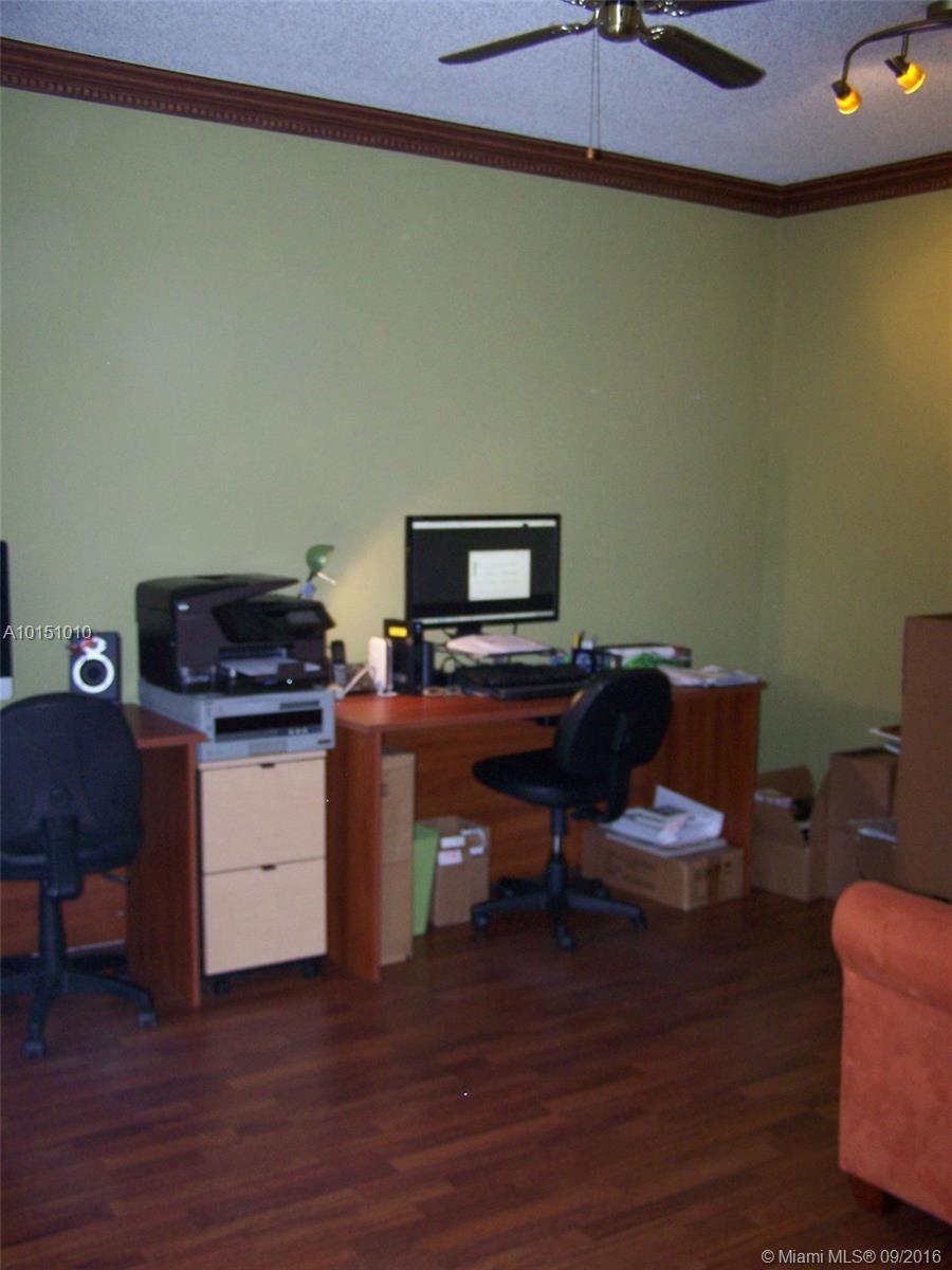 1070 Redwood st-1070 hollywood--fl-33019-a10151010-Pic26