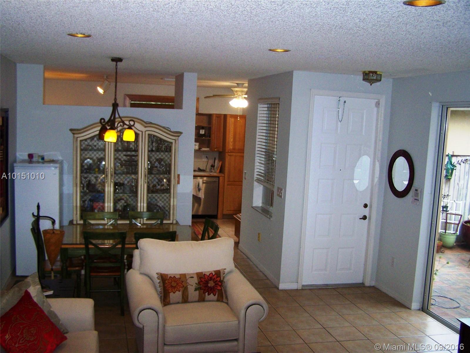 1070 Redwood st-1070 hollywood--fl-33019-a10151010-Pic05