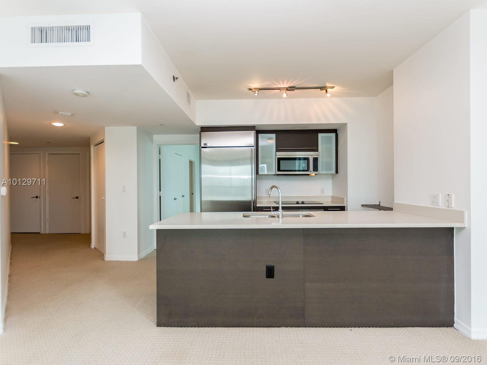 55 6th st-2610 miami-fl-33131-a10129711-Pic08