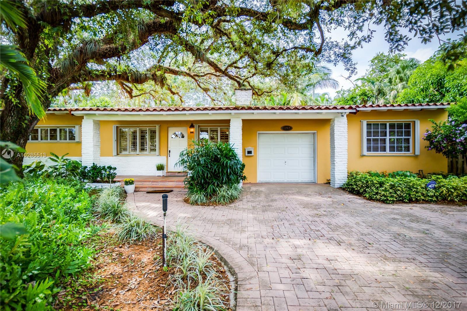 1212 S Alhambra Cir - Coral Gables, Florida