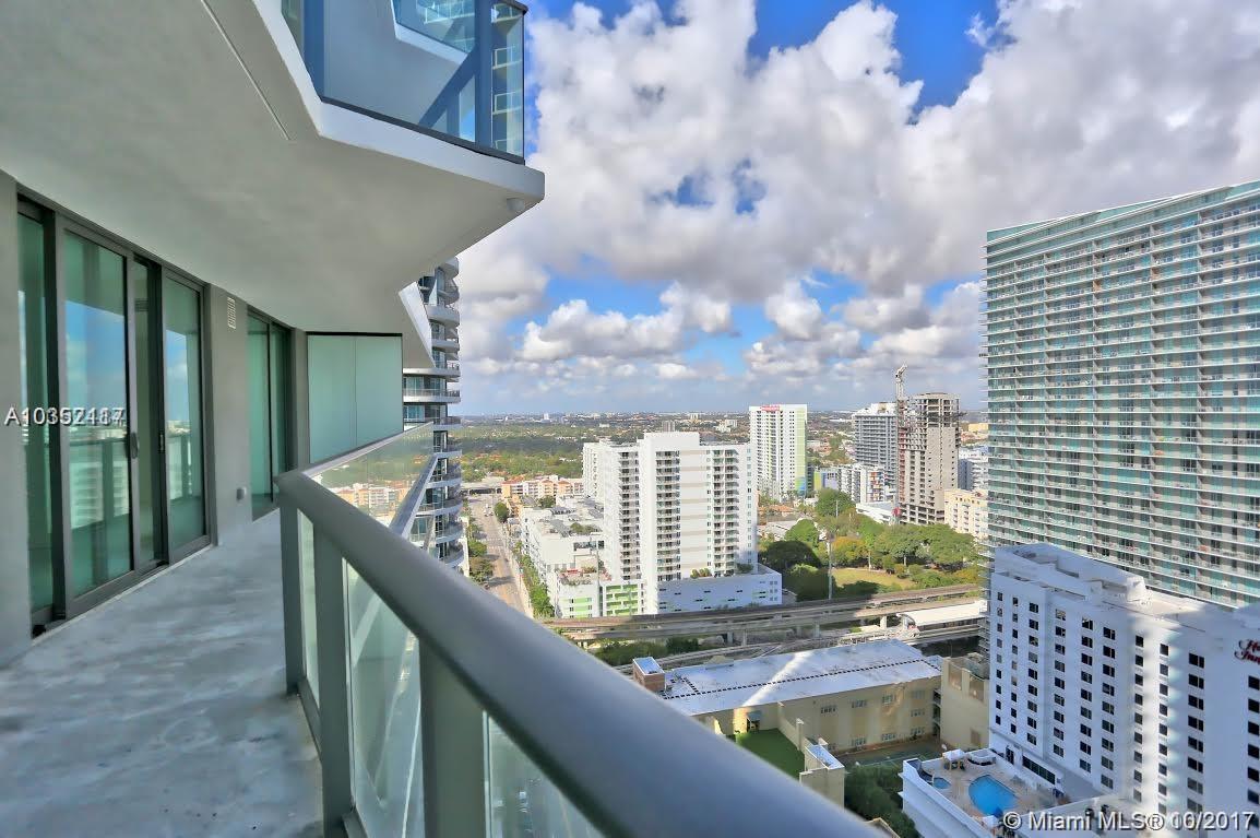 1300 Miami ave-2011 miami--fl-33130-a10352117-Pic06