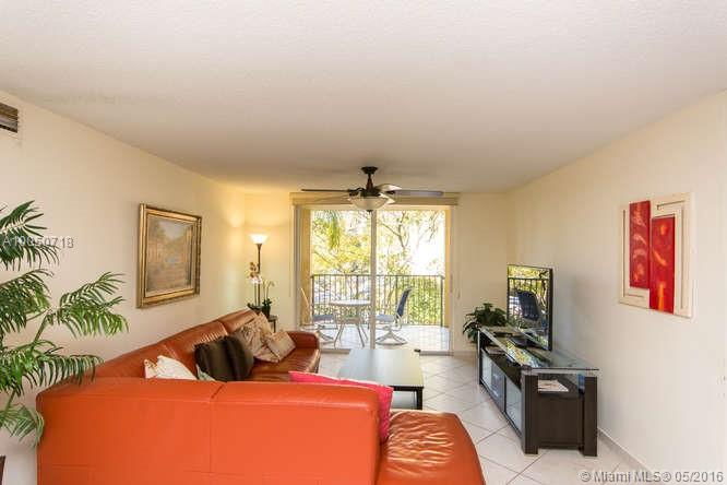 19555 Country club dr-8305 aventura--fl-33180-a10050718-Pic02