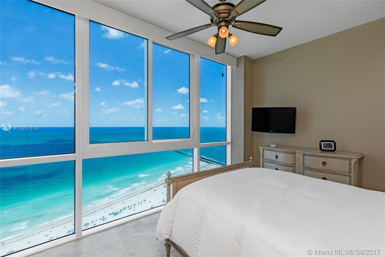 50 Pointe dr-3402 miami-beach--fl-33139-a10251618-Pic01