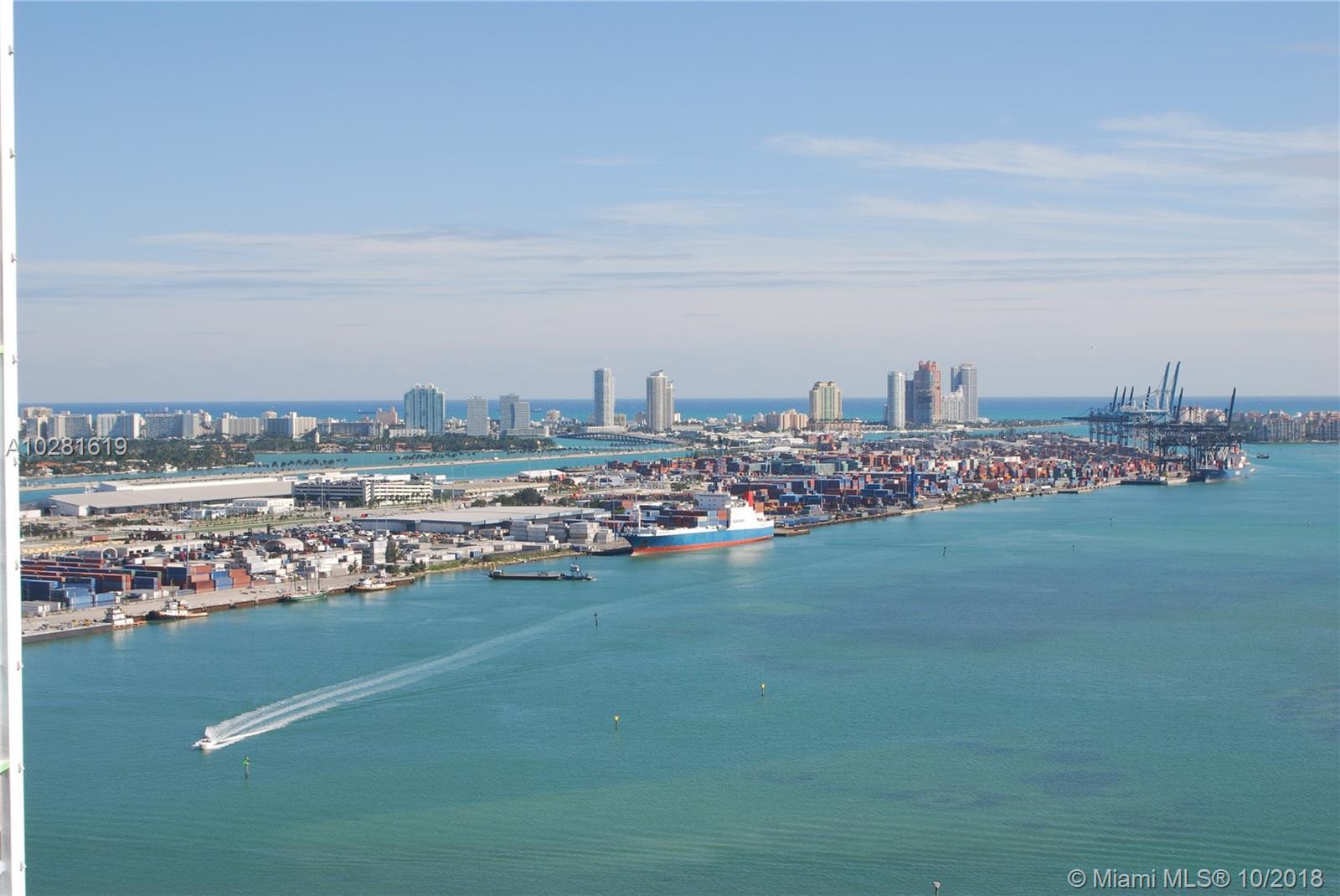325 S Biscayne Boulevard, 3323 - Miami, Florida