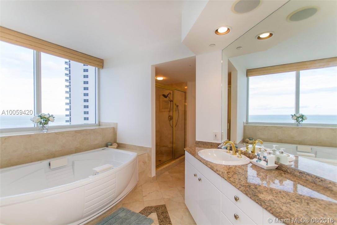19111 Collins ave-LPH1 sunny-isles-beach--fl-33160-a10059420-Pic24