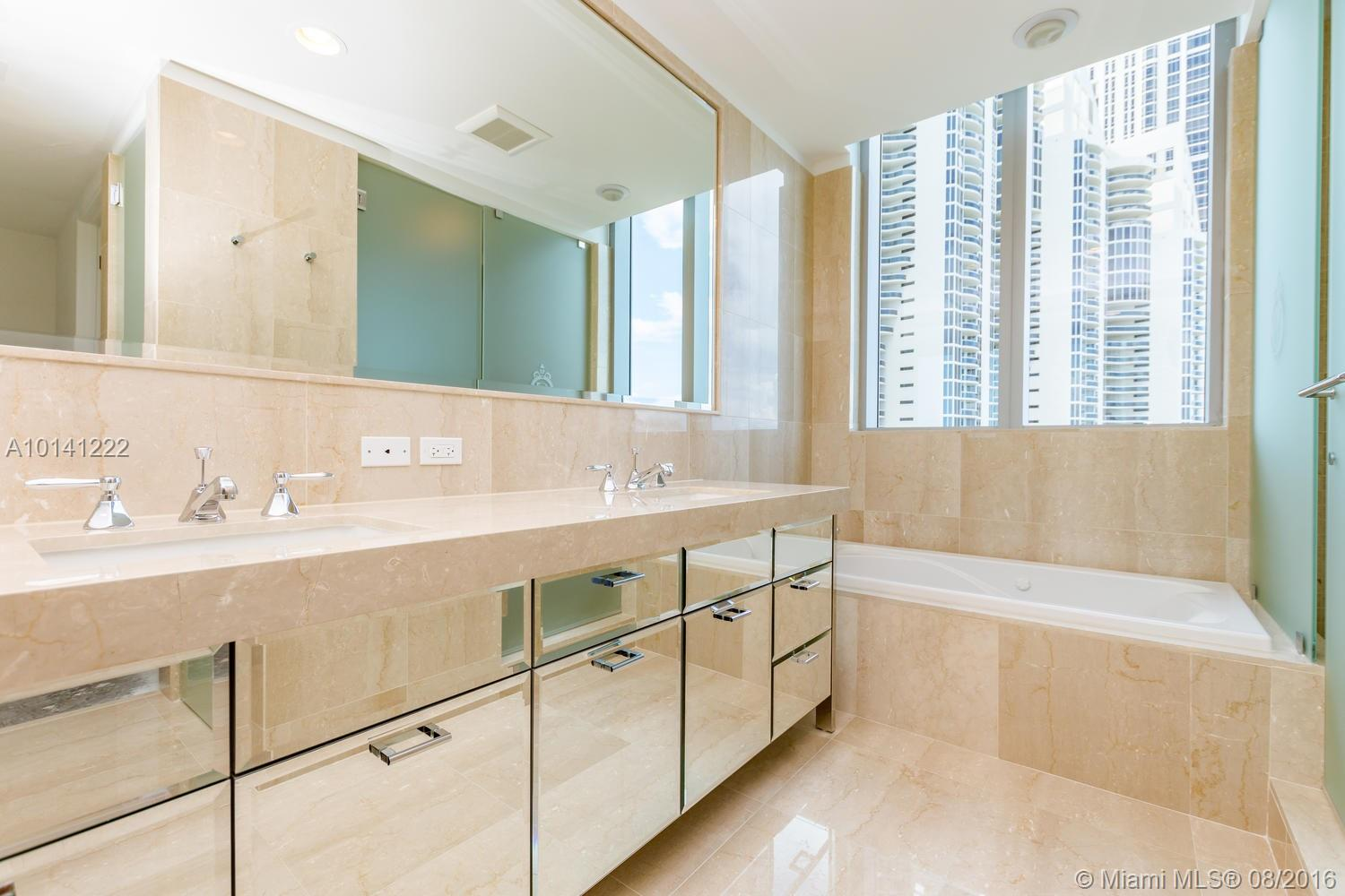 17475 Collins ave-701 sunny-isles-beach--fl-33160-a10141222-Pic24