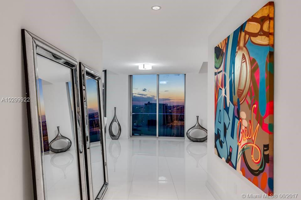 200 Biscayne boulevard way-PH5302 miami--fl-33131-a10299922-Pic02