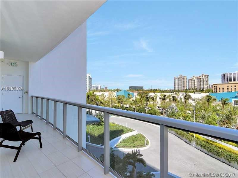 3250 188th st-306 miami--fl-33180-a10285924-Pic26