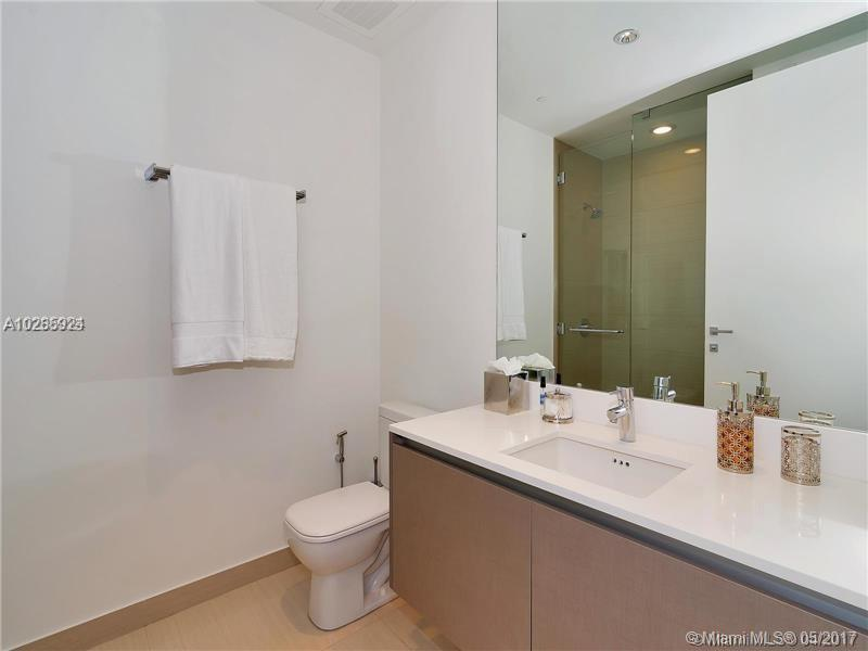 3250 188th st-306 miami--fl-33180-a10285924-Pic30