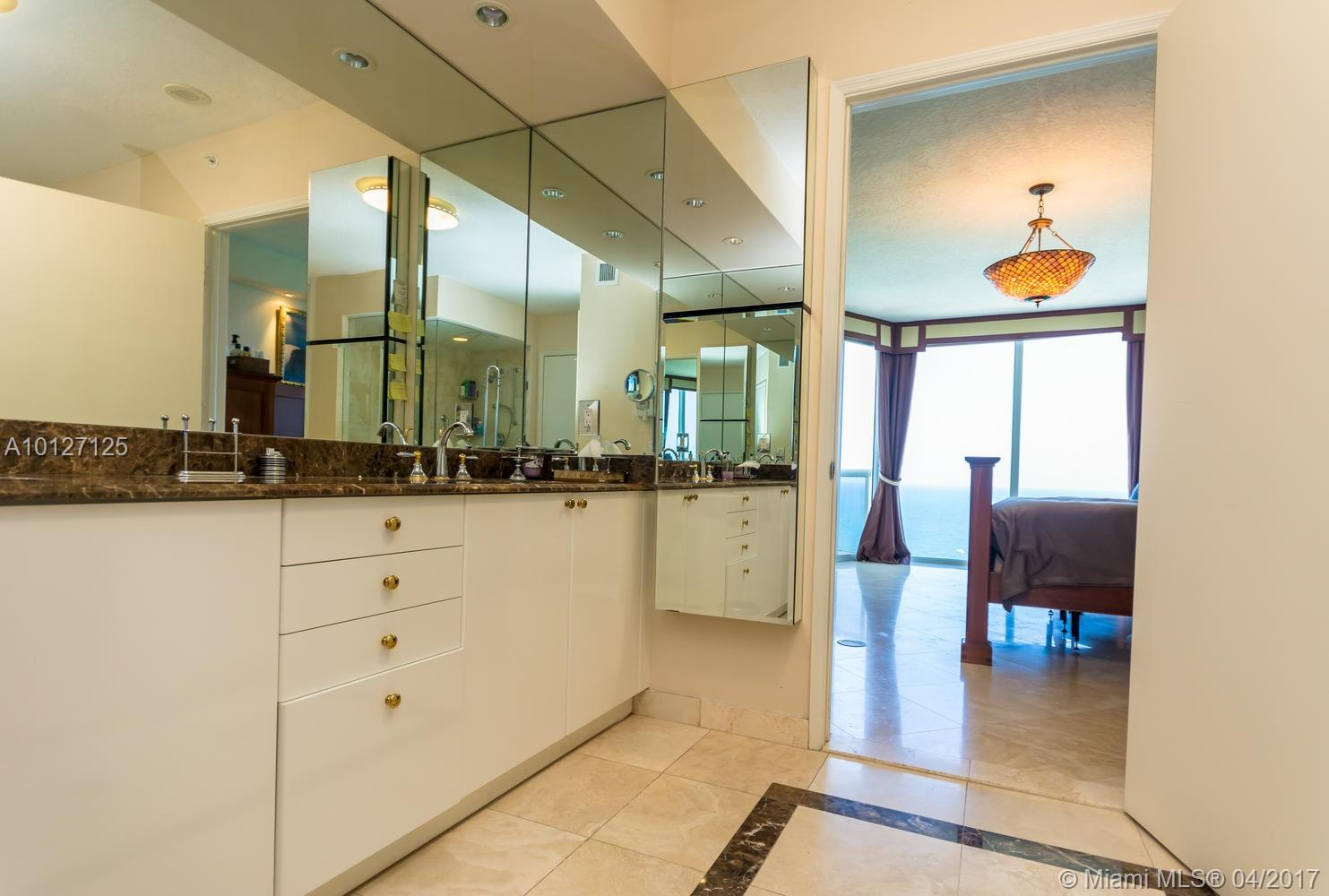 17555 Collins ave-3203 sunny-isles-beach--fl-33160-a10127125-Pic15