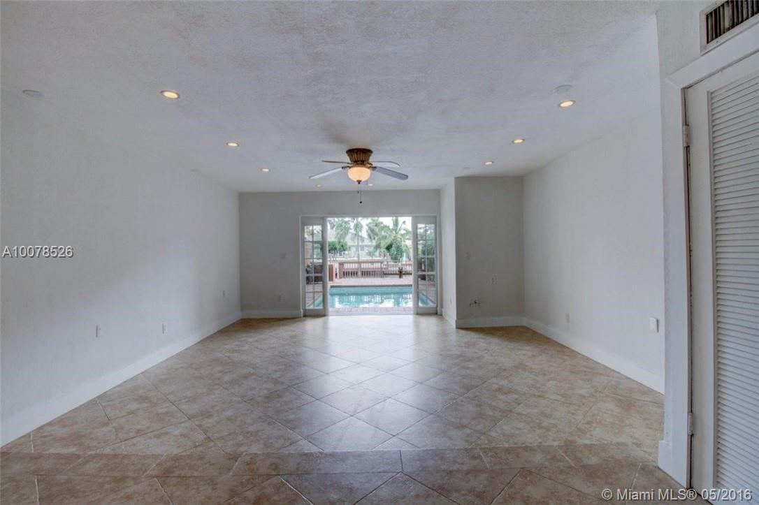 2107 123rd st-2107 north-miami-fl-33181-a10078526-Pic04