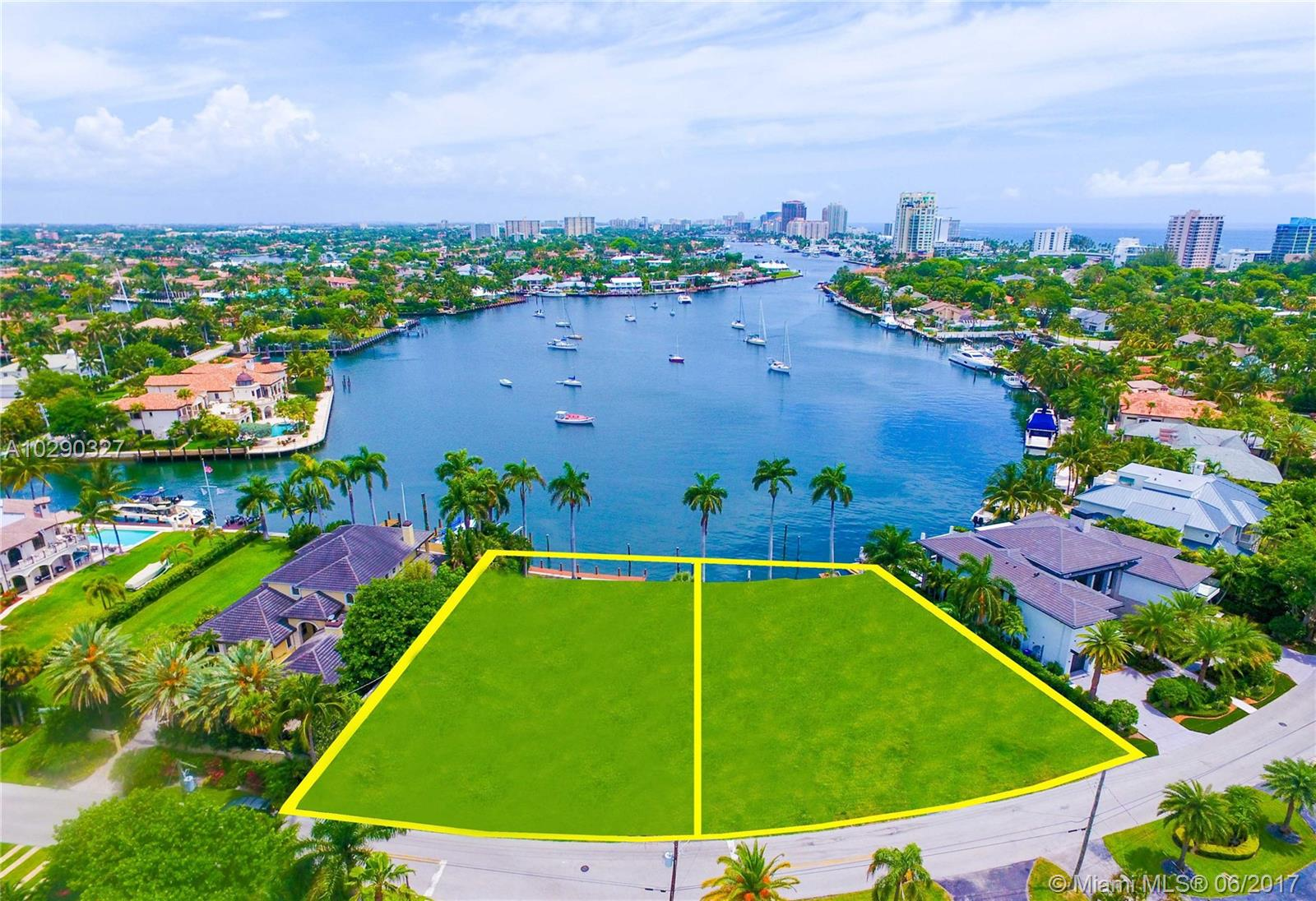 1621 E Lake Dr - Fort Lauderdale, Florida