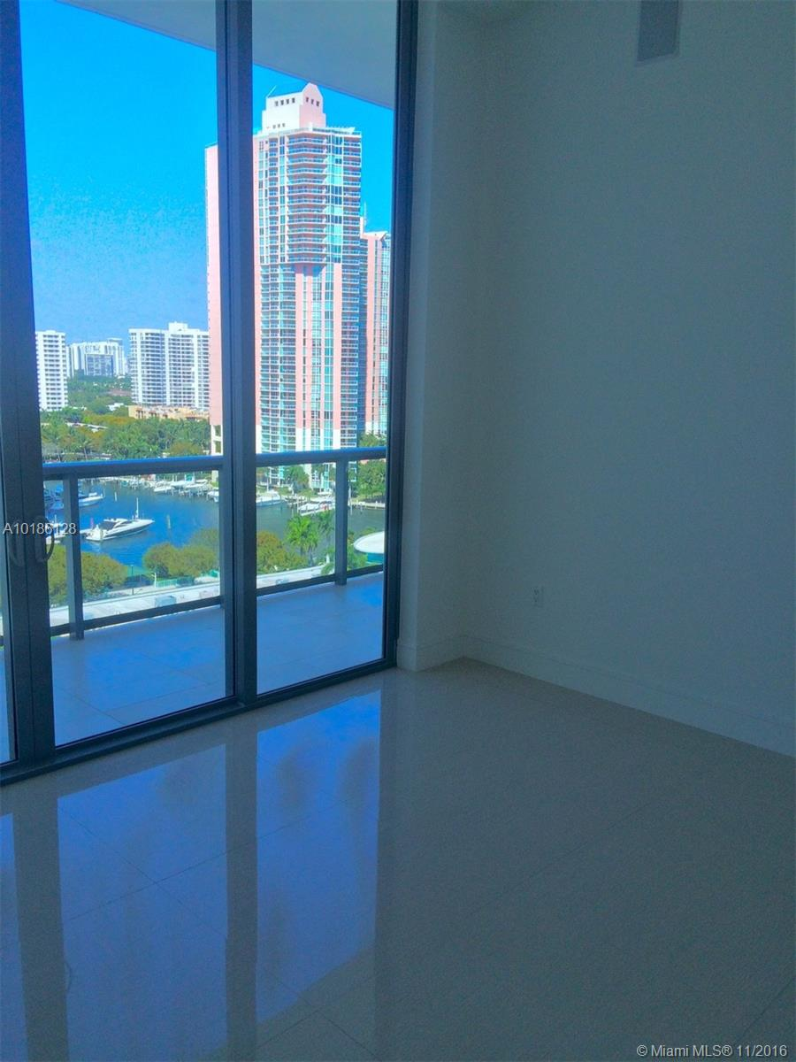 3300 188th-PH10 aventura--fl-33180-a10186128-Pic18