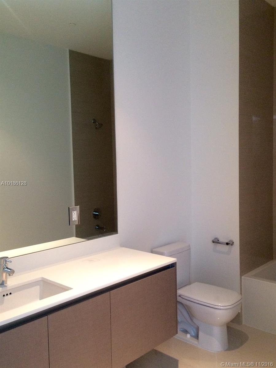 3300 188th-PH10 aventura--fl-33180-a10186128-Pic22