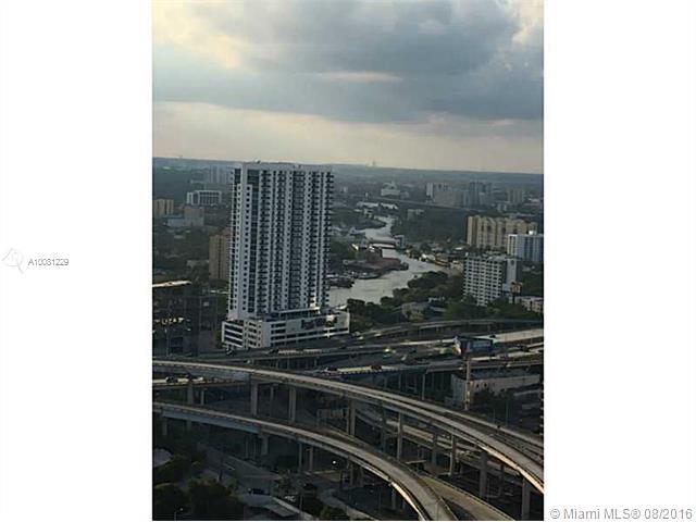 350 Miami av-3513 miami-fl-33130-a10081229-Pic04