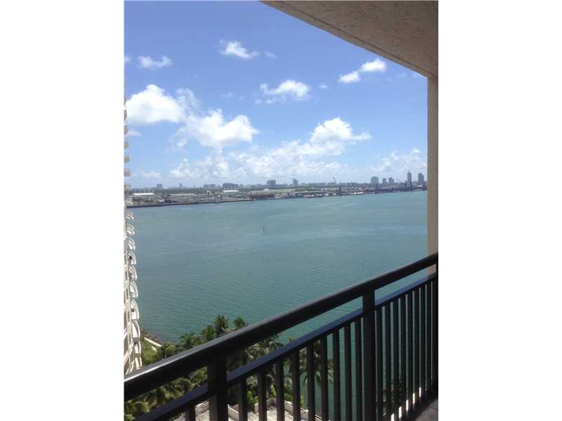 540 BRICKELL KEY DR # 1524, Miami, FL 33131