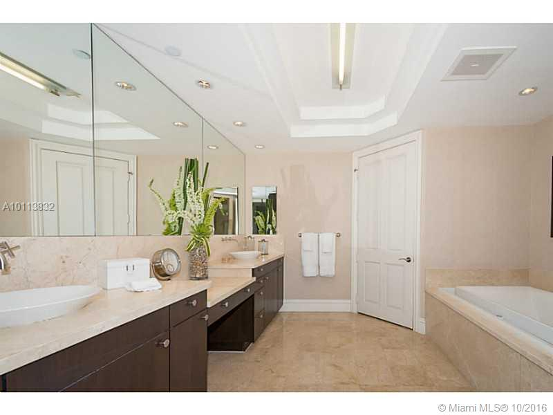 10295 Collins ave-2007 bal-harbour--fl-33154-a10113832-Pic22