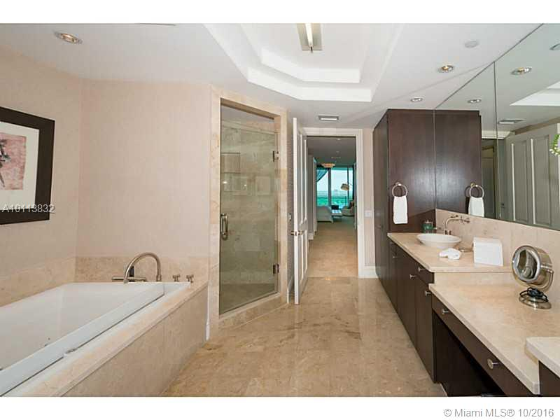 10295 Collins ave-2007 bal-harbour--fl-33154-a10113832-Pic23