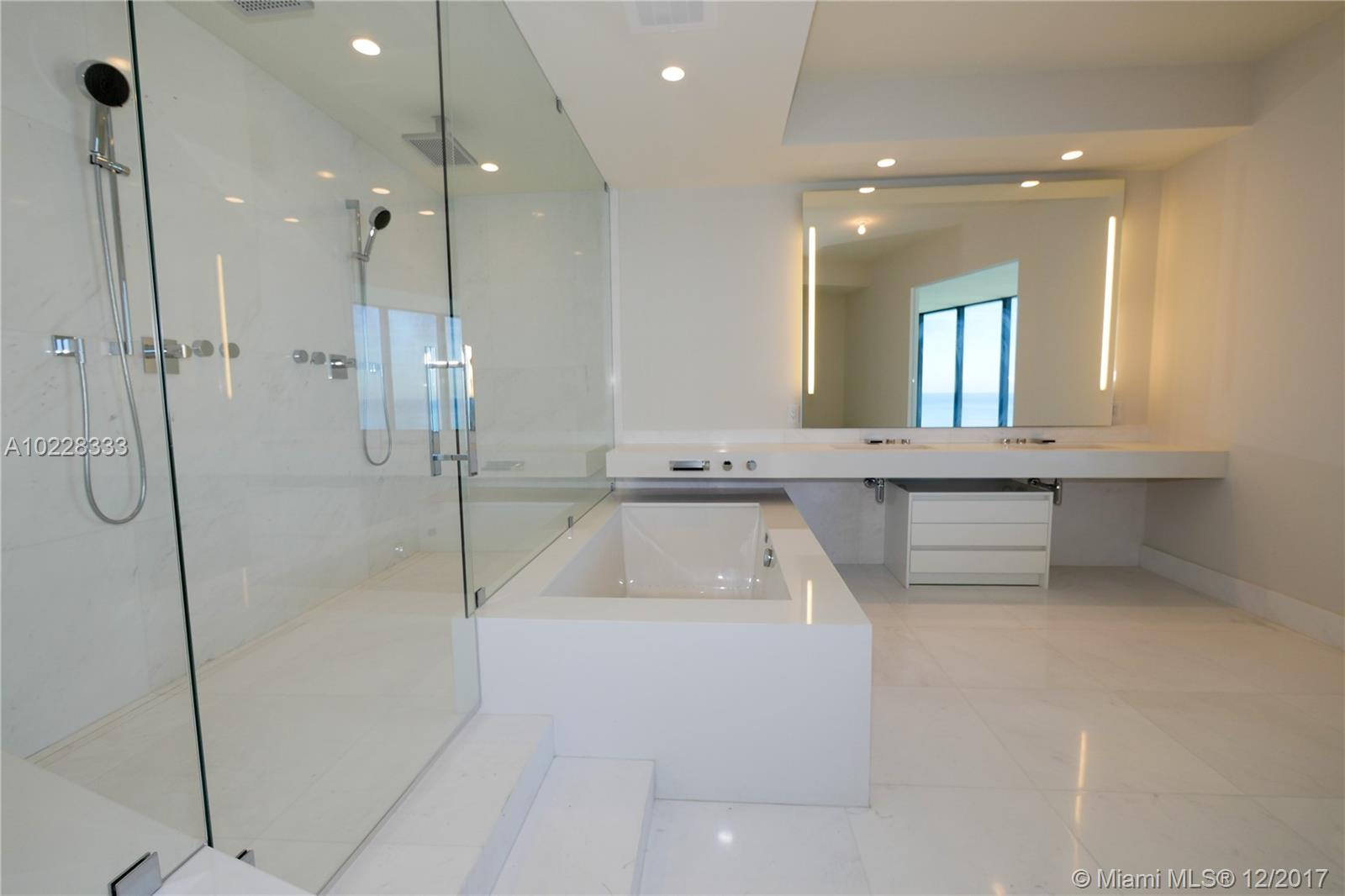 18555 Collins ave-3905 sunny-isles-beach--fl-33160-a10228333-Pic07