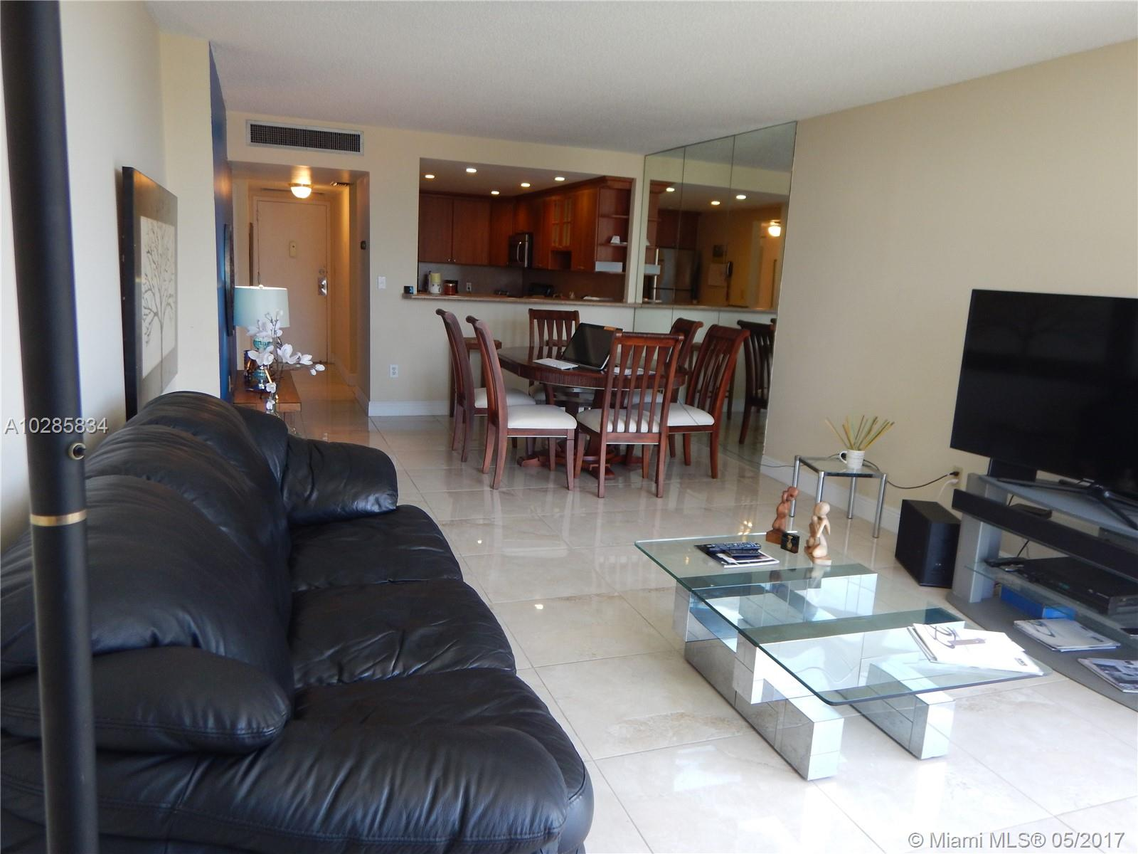 20100 W Country Club Dr, 808 - Aventura, Florida