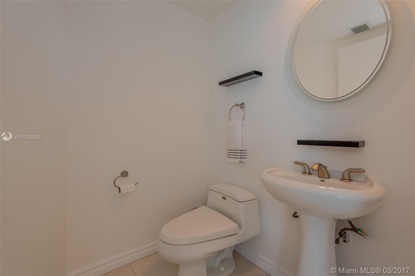 1000 Pointe dr-1507 miami-beach--fl-33139-a10236636-Pic17