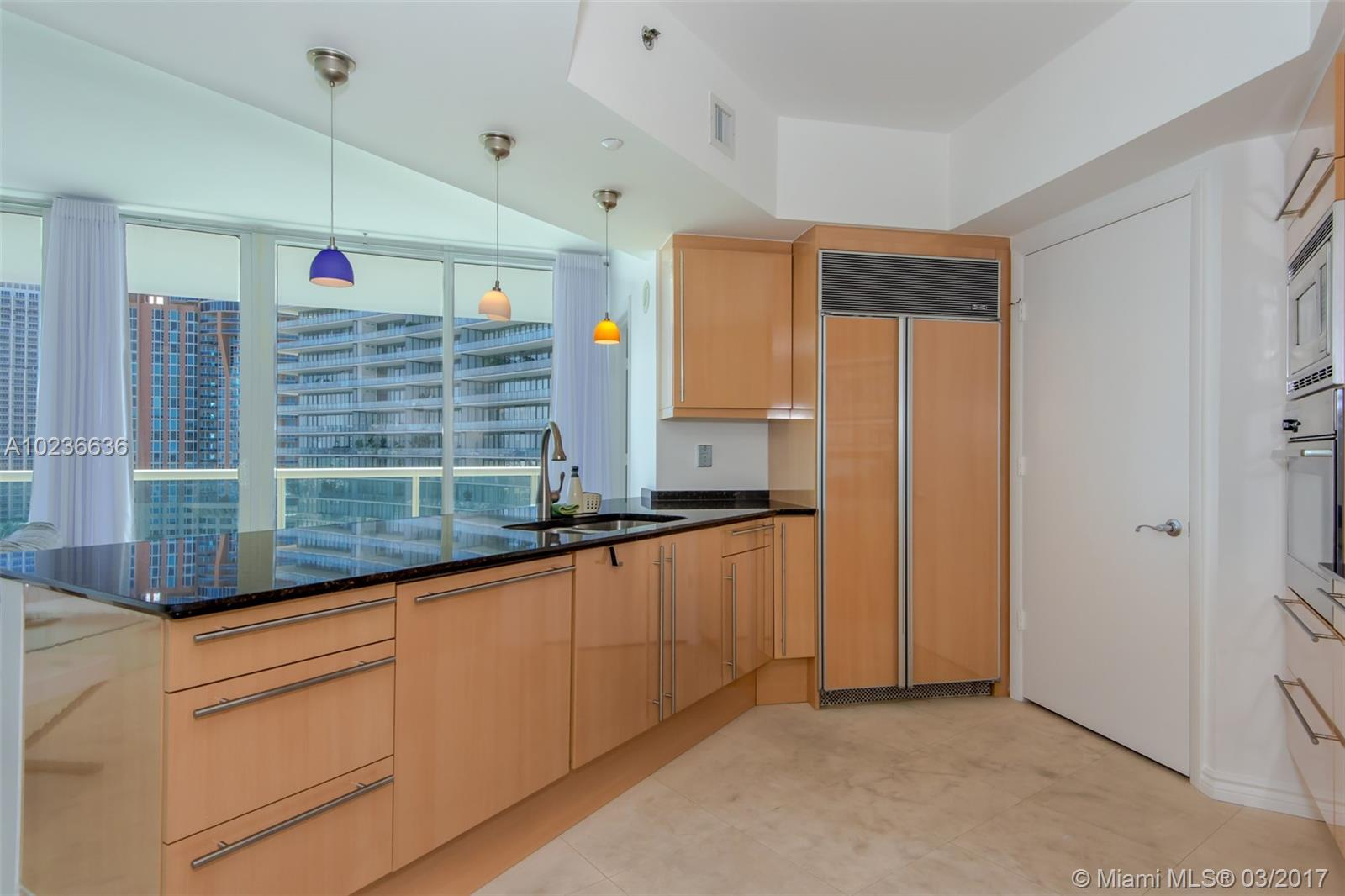 1000 Pointe dr-1507 miami-beach--fl-33139-a10236636-Pic04