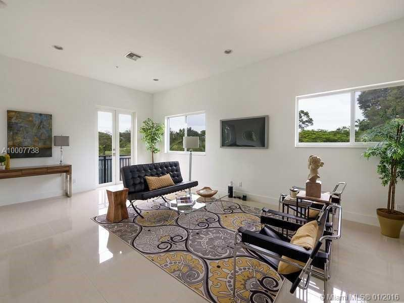 645 9th ave-D fort-lauderdale--fl-33304-a10007738-Pic02