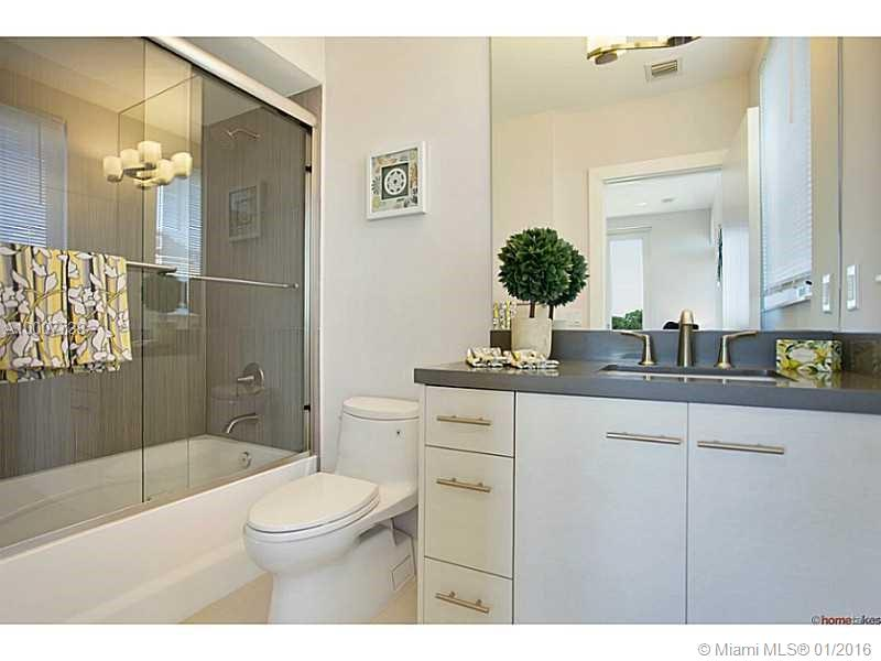 645 9th ave-D fort-lauderdale--fl-33304-a10007738-Pic09