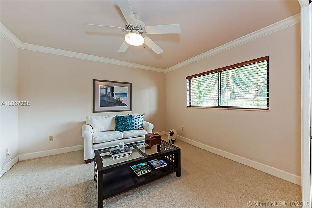 6100 Paradise point dr-0000 palmetto-bay-fl-33157-a10037238-Pic24