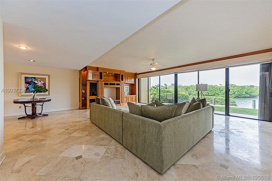 6100 Paradise point dr-0000 palmetto-bay-fl-33157-a10037238-Pic26