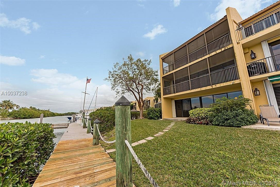 6100 Paradise point dr-0000 palmetto-bay-fl-33157-a10037238-Pic06