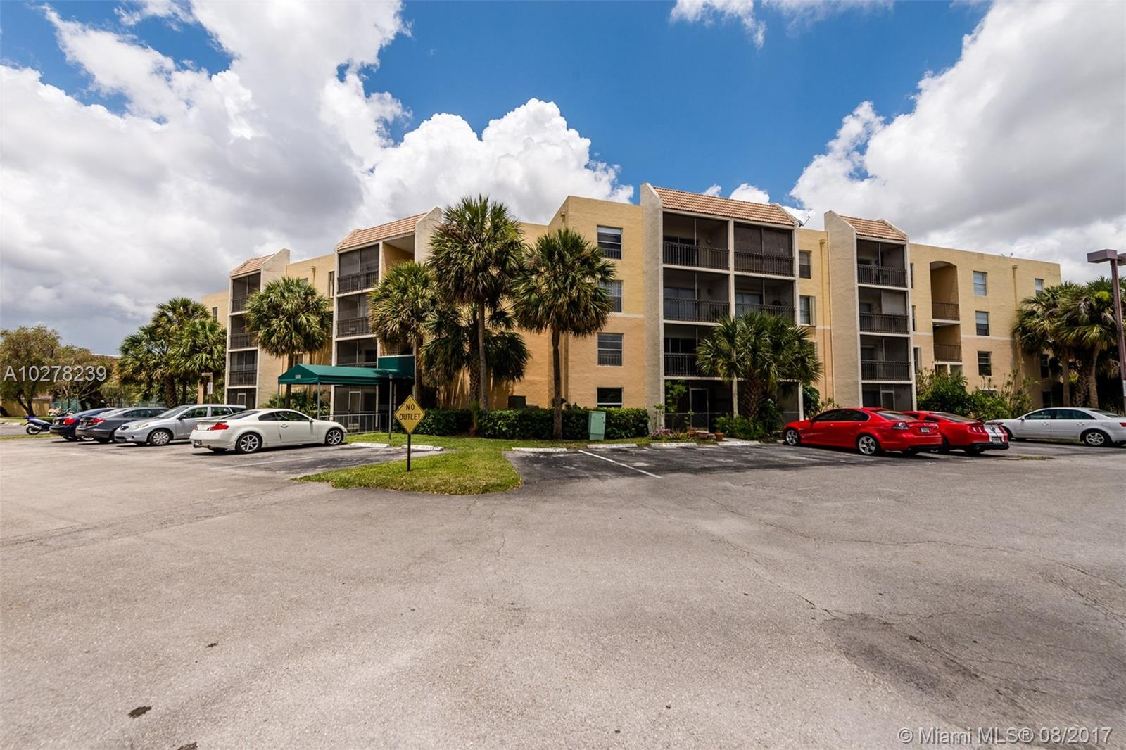 8005 Lake Dr, 113 - Doral, Florida
