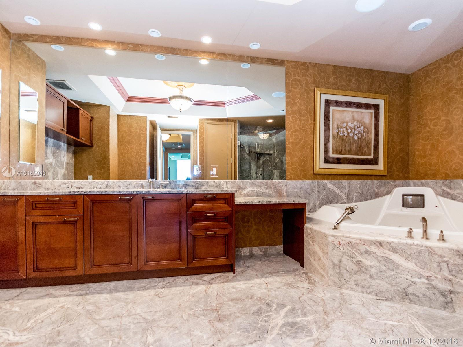 16047 Collins ave-1904 sunny-isles-beach--fl-33160-a10169940-Pic13
