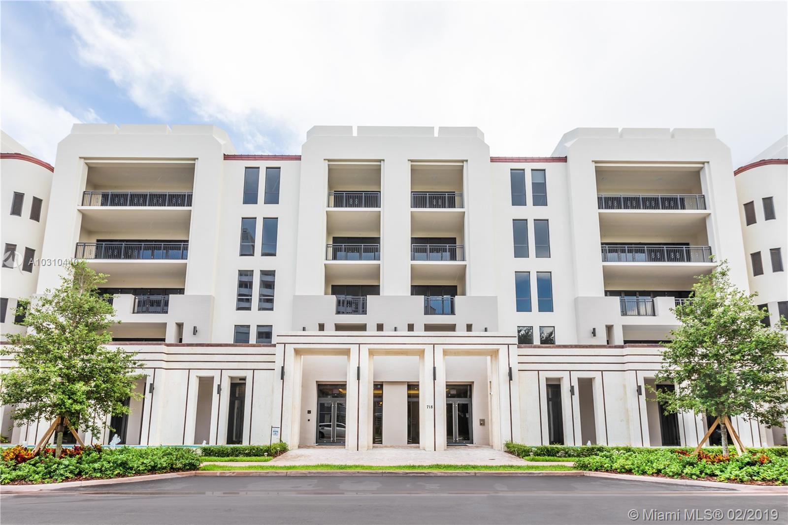 718 VALENCIA AVENUE, 301 - Coral Gables, Florida