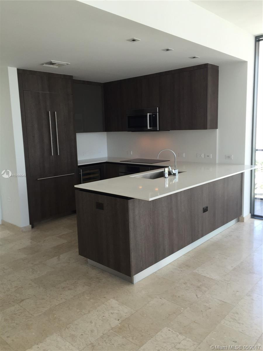 68 6th st-1111 miami--fl-33131-a10266042-Pic12