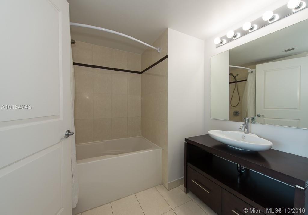 480 30th st-1103 miami--fl-33137-a10164743-Pic11