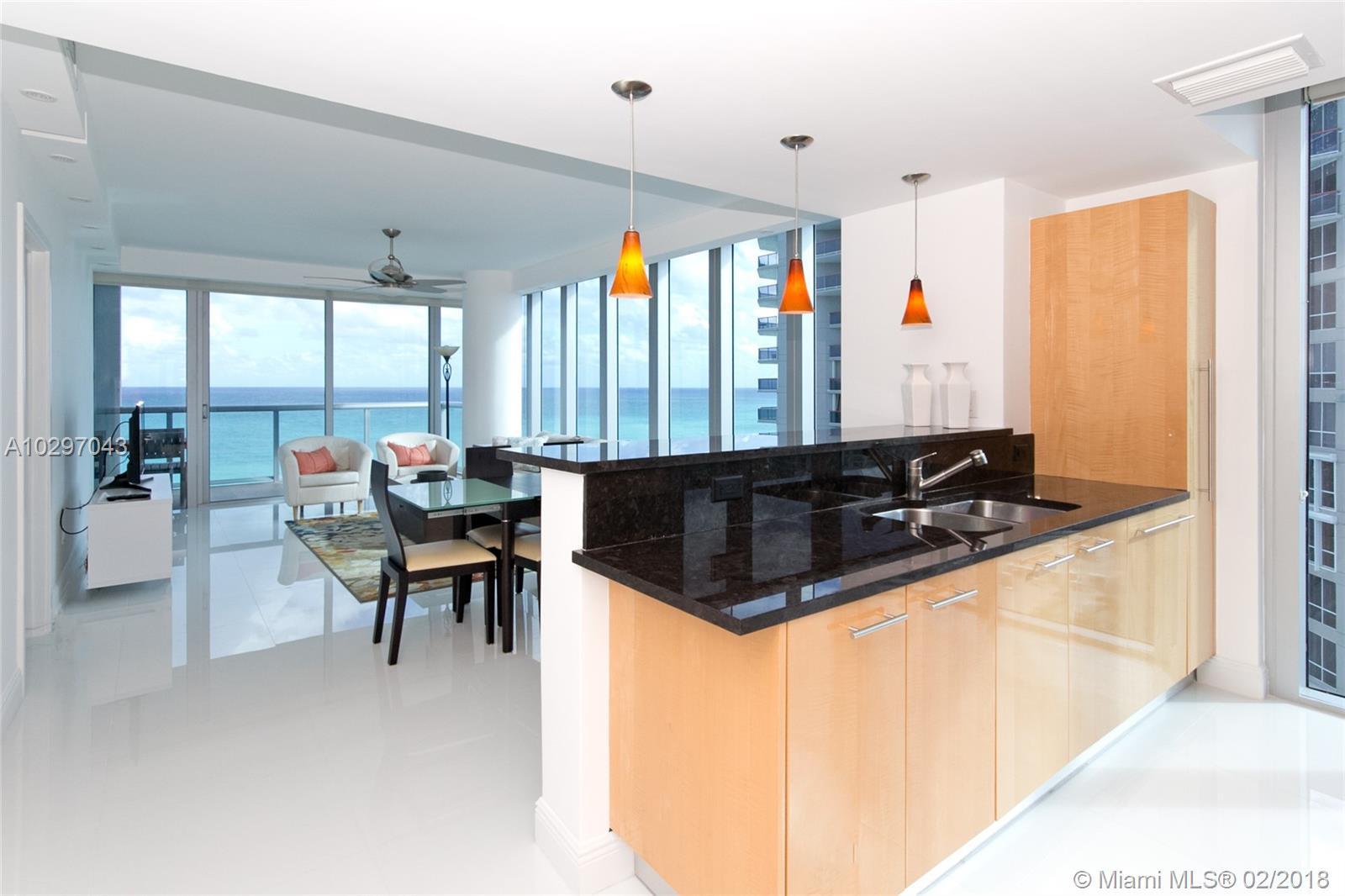 6799 Collins Ave, 1505 - Miami Beach, Florida