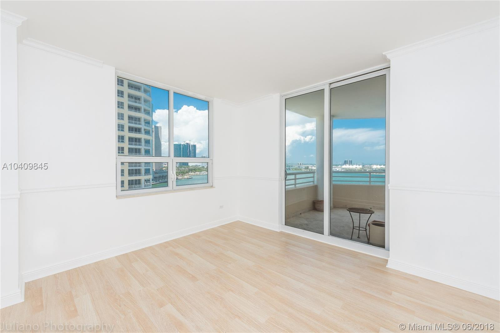 808 Brickell Key Dr #1101, Miami FL, 33131